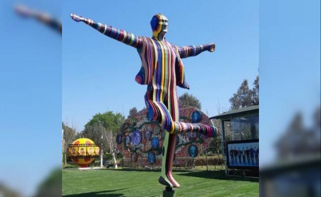 Tepki yağan Atatürk heykelini yapan sanatçıdan ilk açıklama