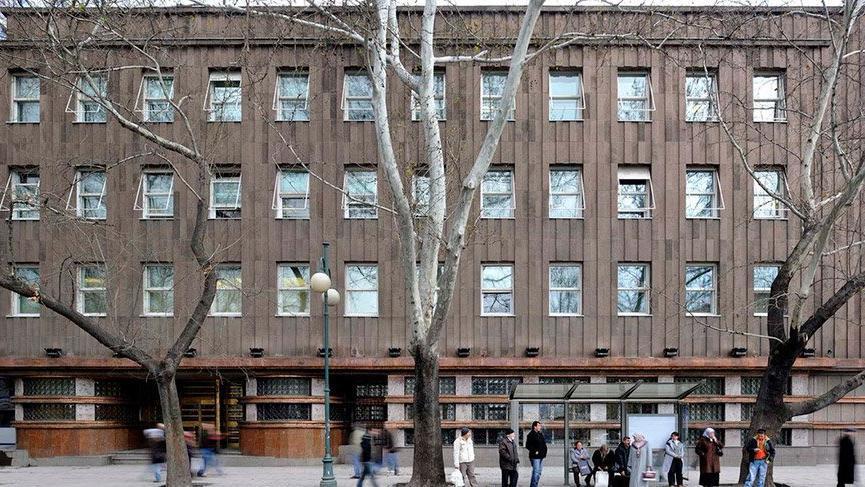 Devlet Atatürk'ün eserini yıkıp, kiraya çıktı