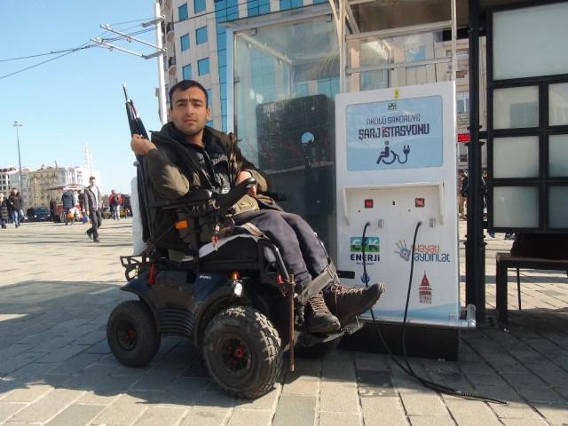 Taksim'de skandal olay ! İkinci kez çalındı