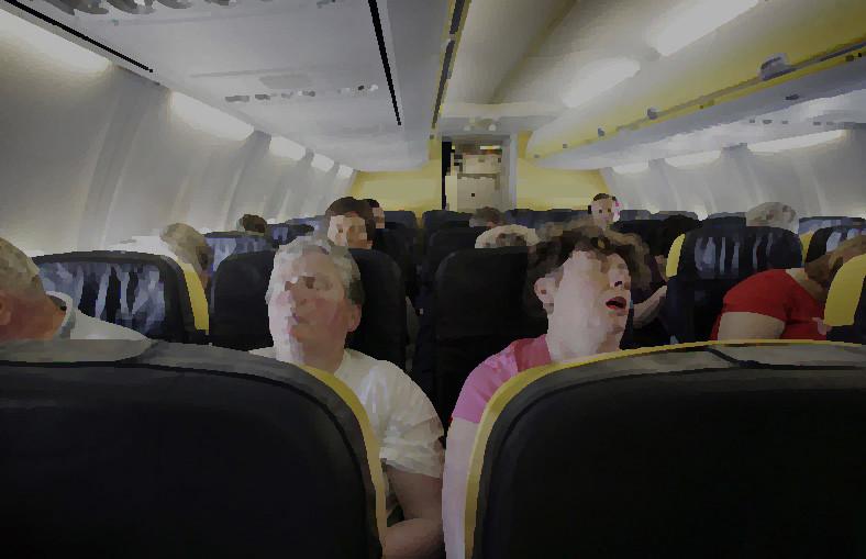 Kayıp uçak saatlerce cesetlerle uçtu