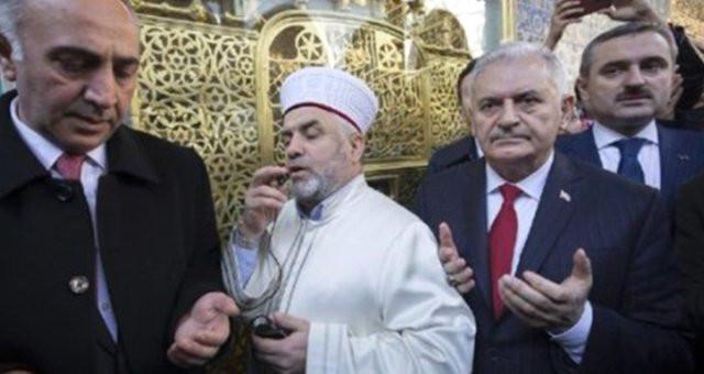 Cami imamı Binali Yıldırım için dua edip, oy istedi