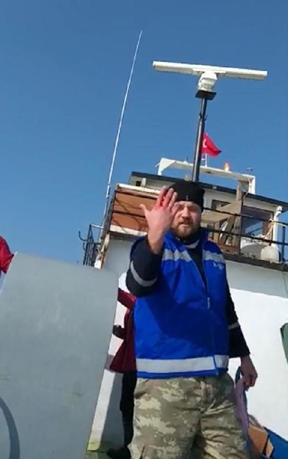 Türk balıkçı teknesine ateş açıldı - Resim: 4