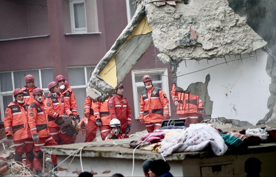 Acı haberi Bakan duyurdu: Ölü sayısı 15'e yükseldi