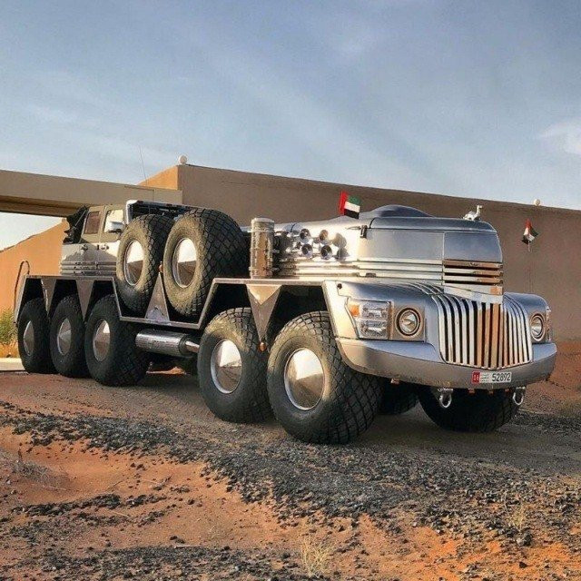 Dubai Şeyhi'nin nefes kesen araç koleksiyonu