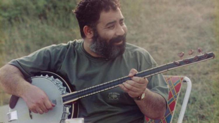 Ahmet Kaya'nın hayatını anlatacak film krize yol açtı