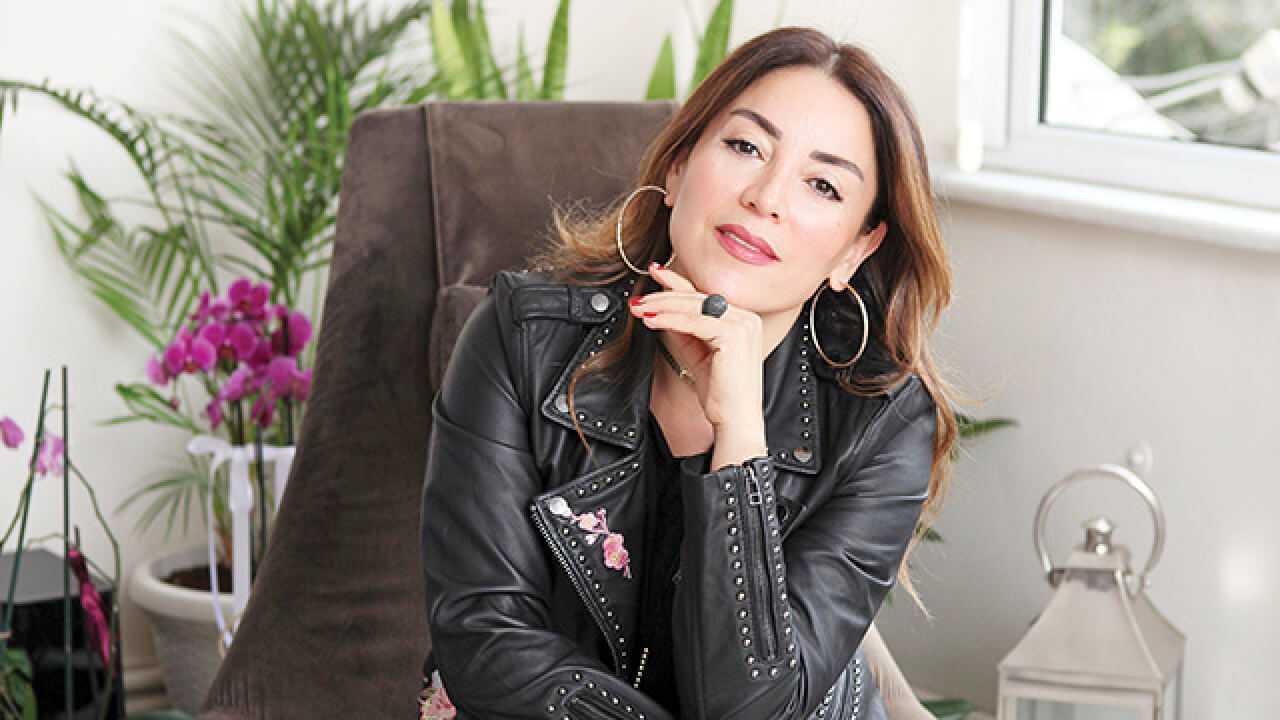 Aşkın Nur Yengi Beykoz'dan pasaj aldı