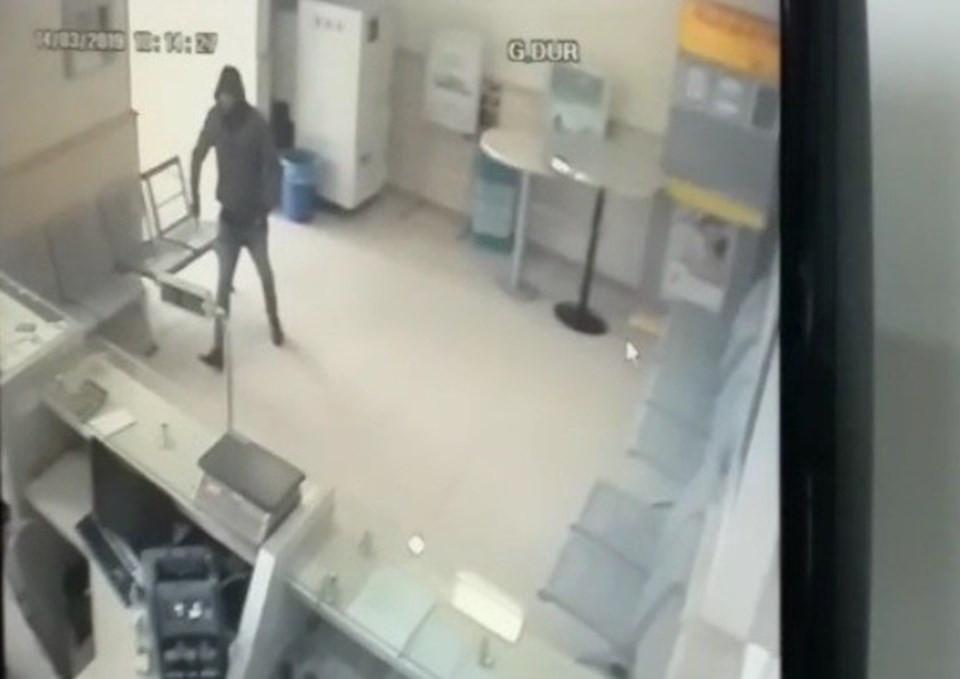 PTT şubesine silahlı soygun