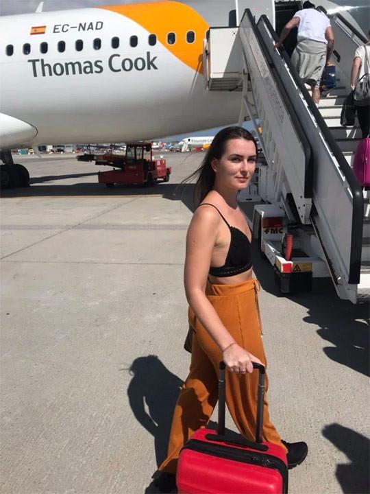 Uçakta rezalet ! ''Kıyafetin çok açık'' deyip...