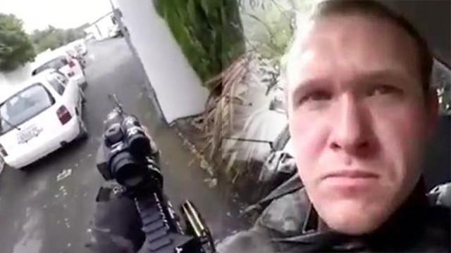 Yeni Zelanda'da iki camiye silahlı saldırı: 40 ölü