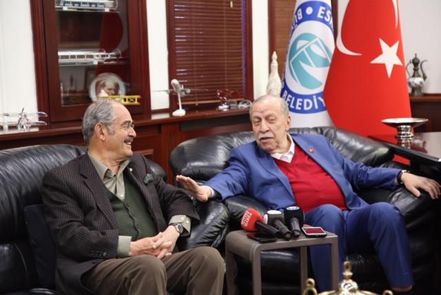 Yaşar Okuyan'dan Yılmaz Büyükerşen'e destek