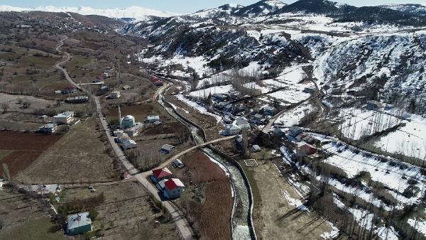 Sızıntı olan Alucra Barajı boşaltılıyor - Resim: 4