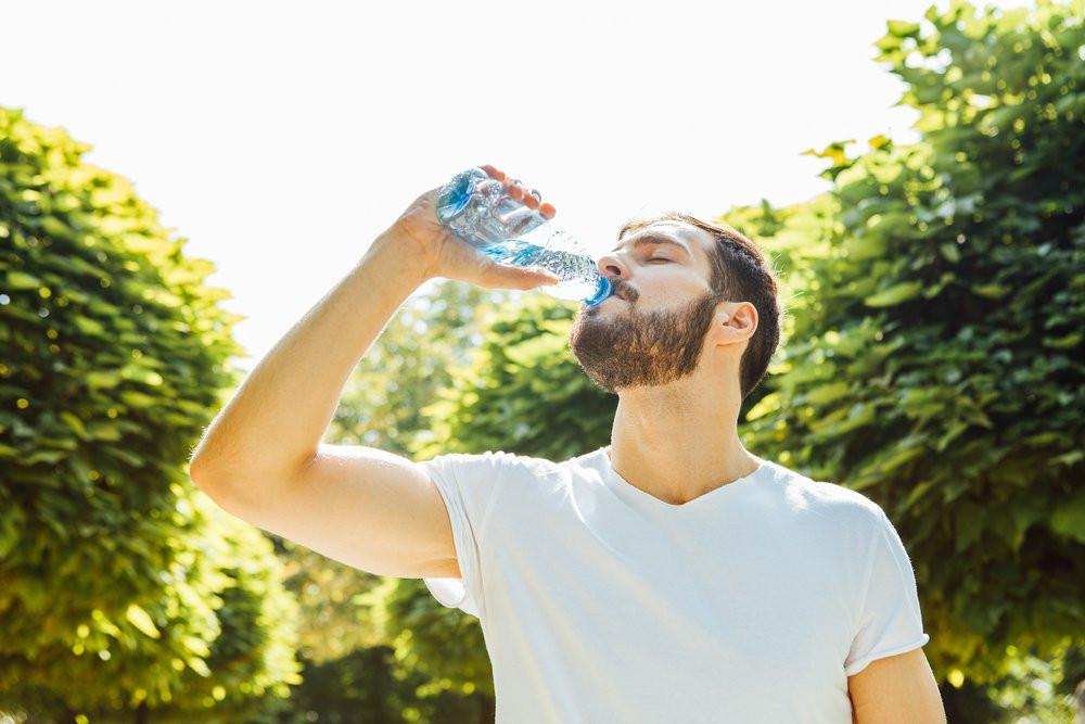 Pet şişeden su içerken bir kez daha düşünün