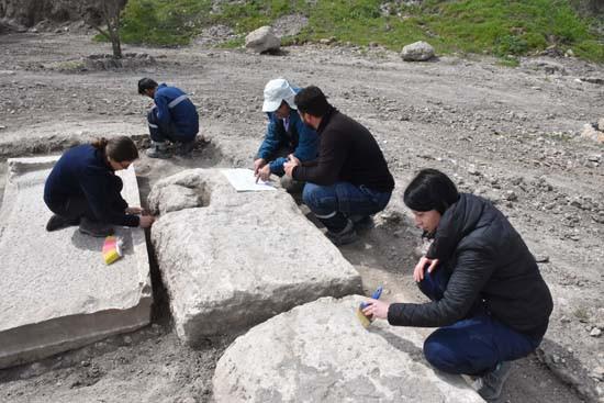 ''Gladyatörler kenti''nin mezarları ziyarete açılıyor