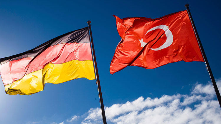 Almanya'dan flaş Türkiye çağrısı: ''Tatile gidin...''