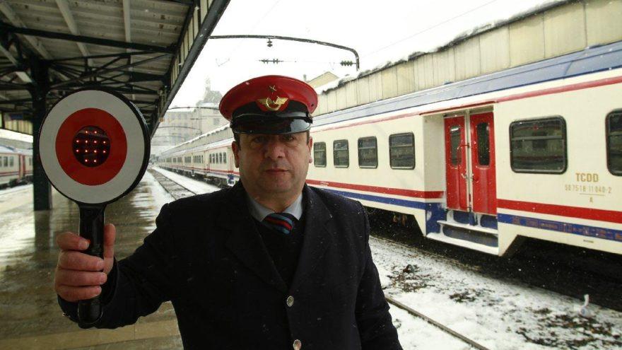 Geciken tren için yolcuya tazminat hakkı