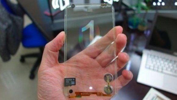 LG'den hem şeffaf hem ekranı katlanabilen telefon