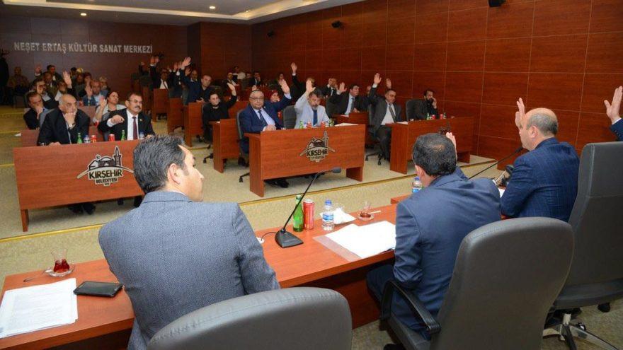 CHP'li başkan makam aracını satmak istedi; AK Partililer reddetti