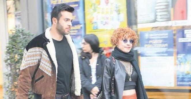 Açelya Topaloğlu arkadaşının eski sevgilisiyle yakalandı