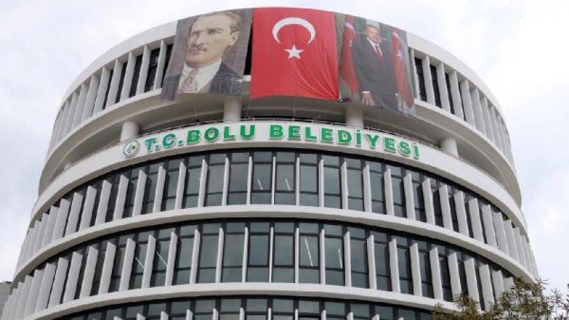 CHP'li başkanın ilk icraatı Türkiye Cumhuriyeti'nin geri dönüşü oldu