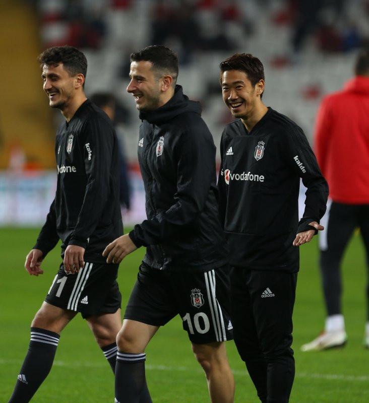 Oğuzhan Beşiktaş'tan ayrılacak mı?