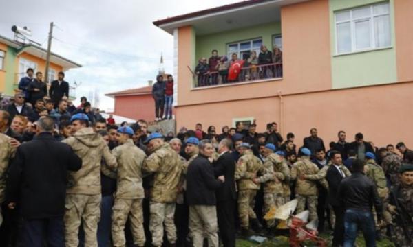 Kılıçdaroğlu'na saldırıda ''Yakın o evi'' diyen kadın gözaltında