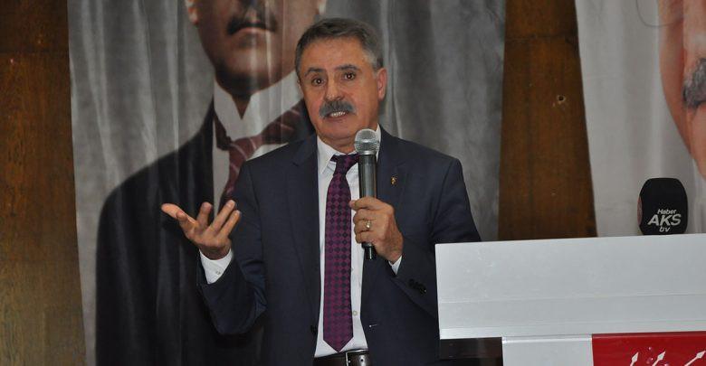 CHP'nin AK Parti'den aldığı belediyeye ilk gün haciz geldi