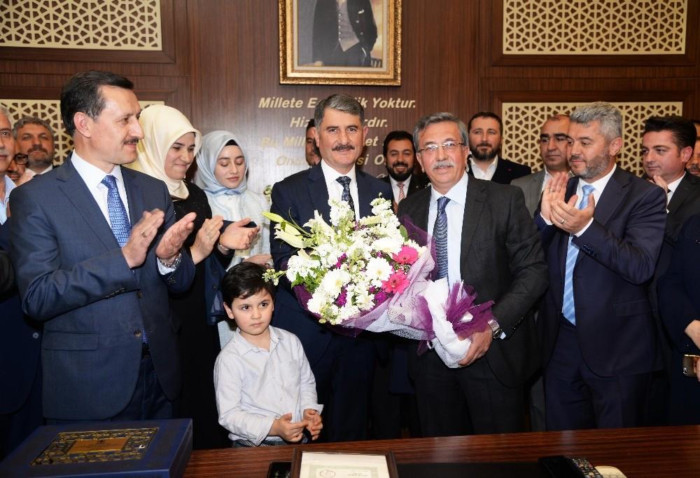 AK Partili belediye başkanı neden istifa ettiğini açıkladı