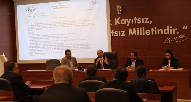AK Parti Kadın Kolları'nın yemek faturasını da belediyeye kesmişler