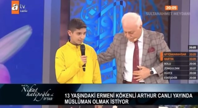 Nihat Hatipoğlu Ermeni çocuğun ailesini suçladı