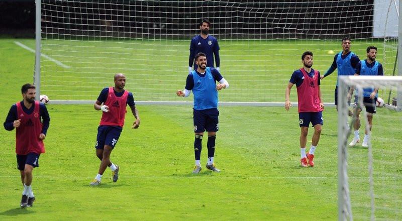 Fenerbahçe 4 transferle şampiyonluk kovalayacak