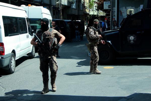 İstanbul'da gündüz vakti terör operasyonu