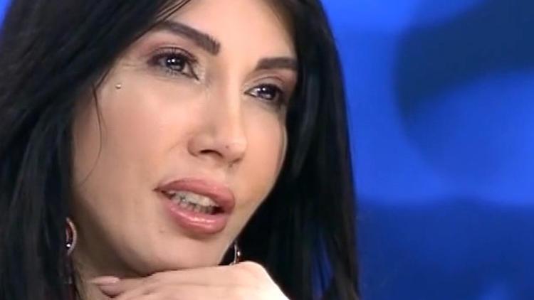 Hande Yener: Hastaneden çıkarsa hayatım yine tehlikede