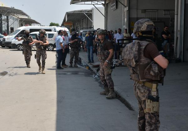 Bekçiyi rehin alan cezaevi firarisi, polis operasyon yapınca intihar etti