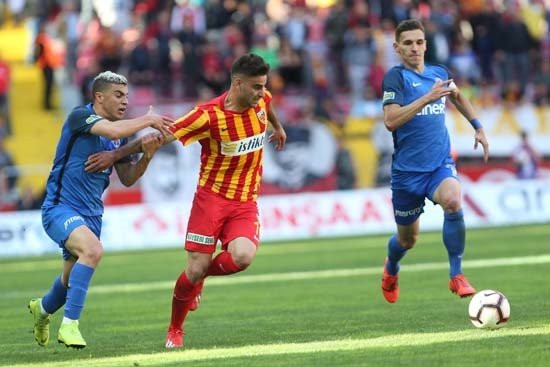 Gündemi sarsan iddia! Arda Turan, Galatasaray'a mı geliyor?