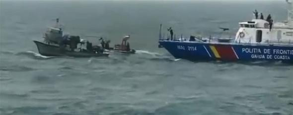 Türk balıkçı teknesine saldırı görüntüleri ortaya çıktı