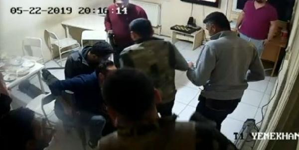 Aç kalan teröristin yakalanma anı kamerada