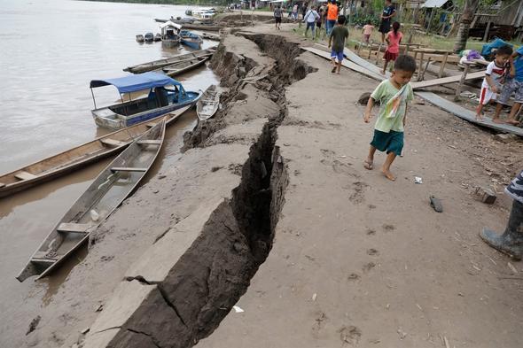 Kıyıya vuran balık, büyük depremin habercisi mi ?