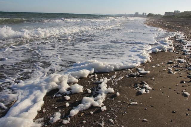 Mersin'de şaşırtan görüntü ! Deniz bu hale geldi