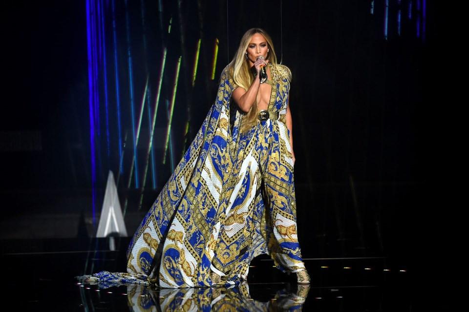 Antalya'da Jennifer Lopez rüzgarı esecek ! İstek listesi belli oldu