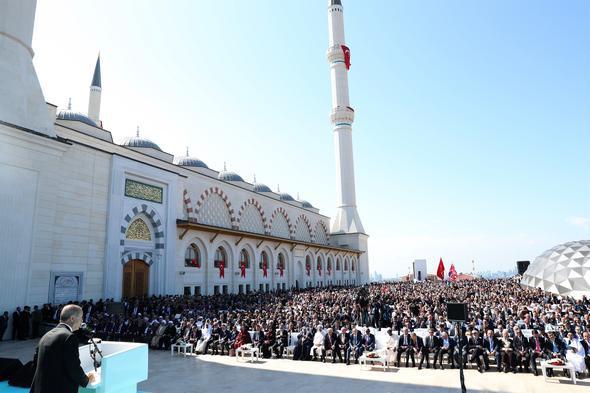 Cumhurbaşkanı Erdoğan Büyük Çamlıca Camii'ni açtı