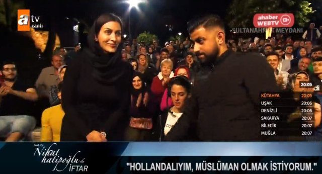 Nihat Hatipoğlu, Hıristiyan kadını Müslüman yaptı