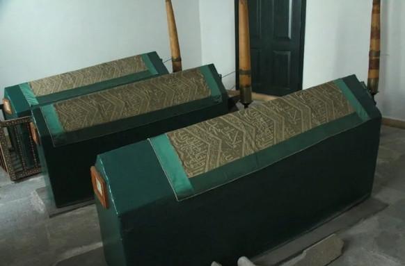 Dolmabahçe Sarayı'nda 200 yıllık bilinmeyen türbe bulundu