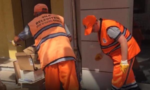 Belediye çalışanları ''Binali Yıldırım mesaisinde'' yakalandı