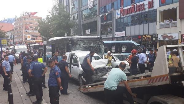 İstanbul'da zincirleme trafik kazası