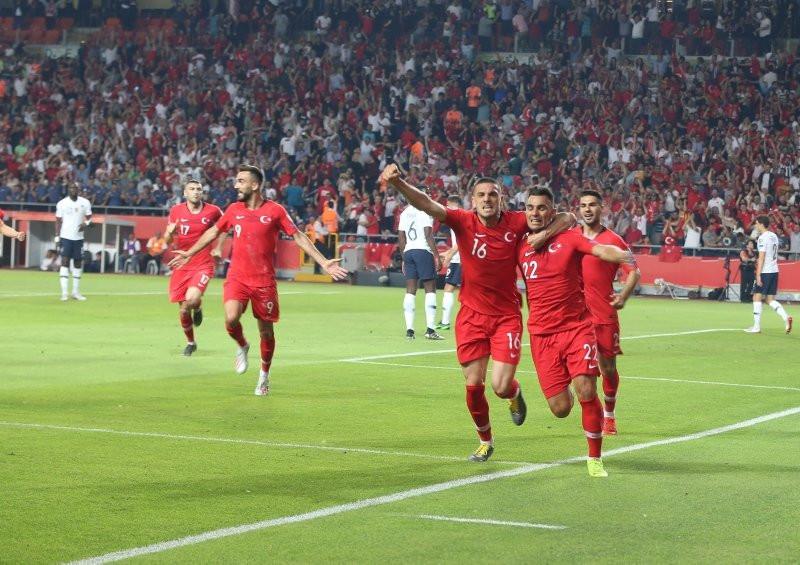 Milliler FIFA sıralamasını değiştirdi