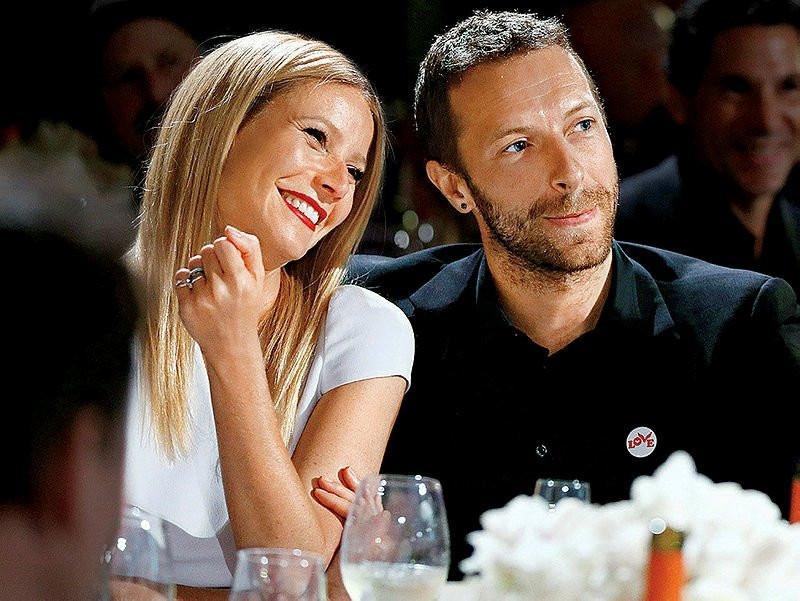 Dakota Johnson ve Chris Martin 2 yıllık ilişkisini bitirdi