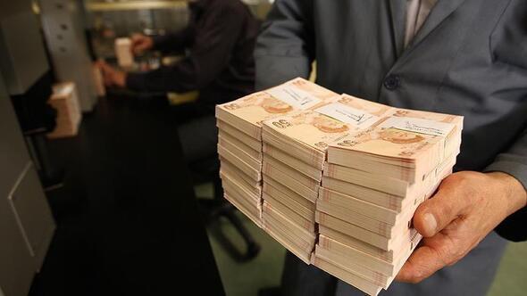Emekli ve memurun gözü Temmuz zammında ! İşte muhtemel zamlı maaşlar