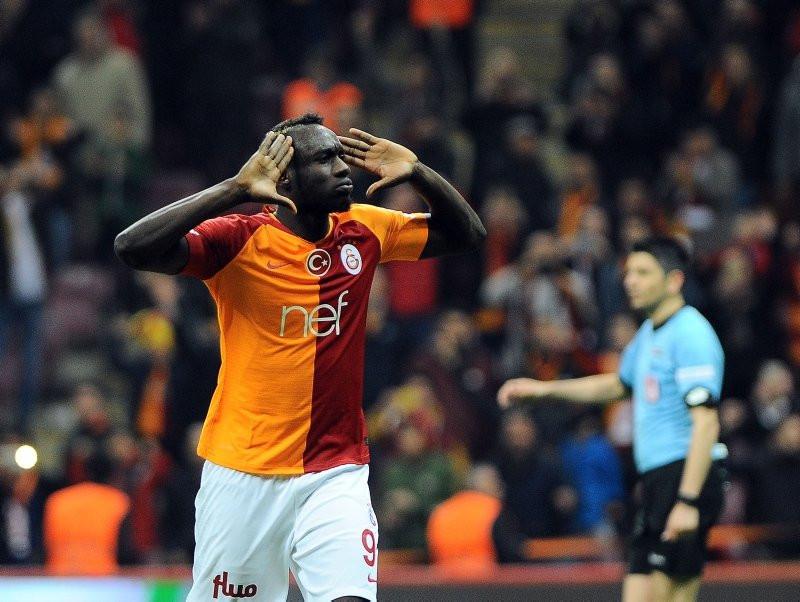 Galatasaray anlaştı Fenerbahçe kaptı