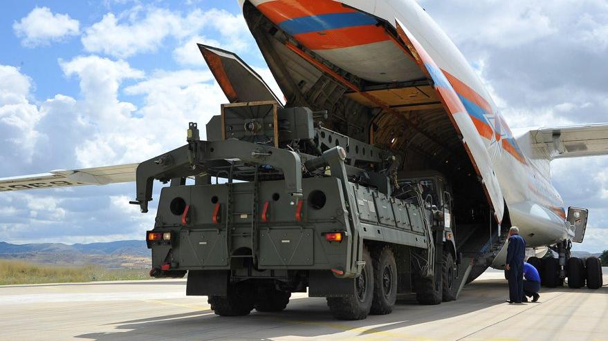 Sekizinci S-400 uçağı Ankara'ya indi
