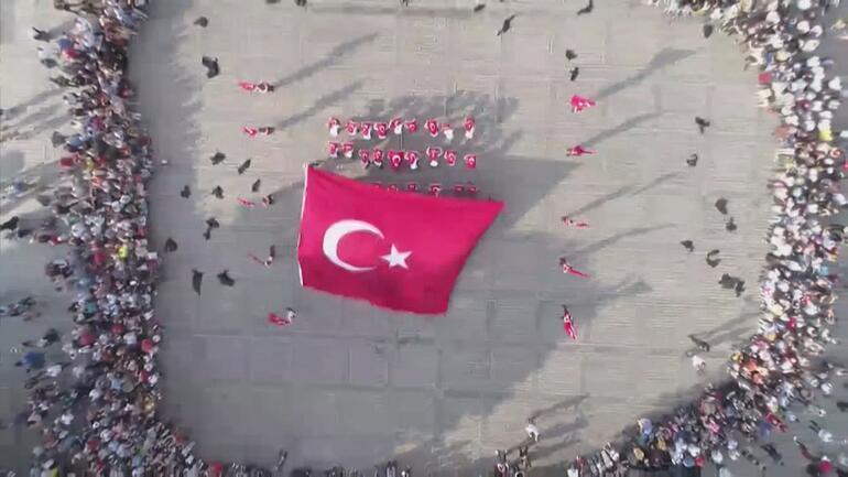 Londra ve İstanbul'da eş zamanlı 15 Temmuz anması